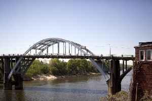 Edmund Pettus Bridge: Historic bridge in Selma, Alabama, United States