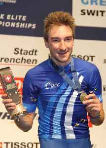 Elia Viviani: Racing cyclist