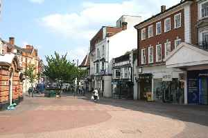 Epsom: Town in Surrey, England