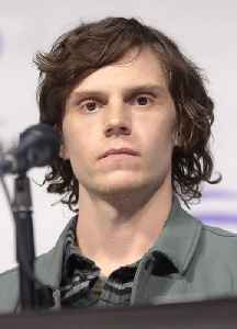 Evan Peters: American actor