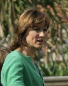Fiona Bruce: British television producer, newsreader, presenter