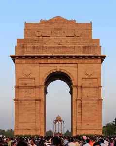 India Gate: Triumphal arch in New Delhi