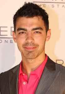 Joe Jonas: American singer and actor