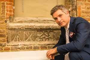 Jonathan Foyle: British architectural historian