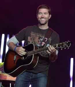Josh Turner: American singer-songwriter