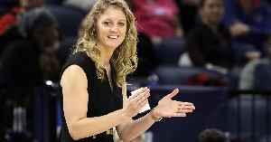 Kellie Harper: American basketball player-coach