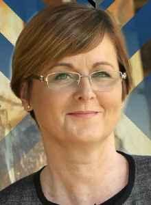 Linda Reynolds: Australian politician
