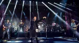 Maroon 5: American pop band