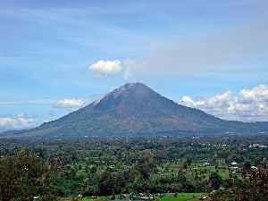 Mount Sinabung: Active volcano in North Sumatra, Indonesia