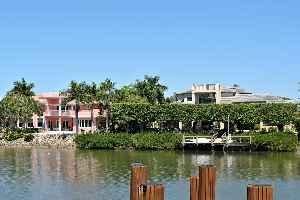 Naples, Florida: City in Florida, United States