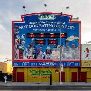 Nathan's Hot Dog Eating Contest: Competition