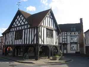 Newent: Town  in Gloucestershire, England
