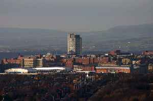 Oldham: Town in Greater Manchester, England