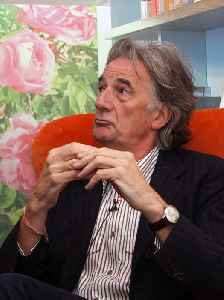 Paul Smith (fashion designer): Fashion designer from England