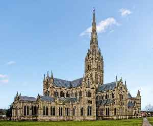 Salisbury Cathedral: Church in Wiltshire, England