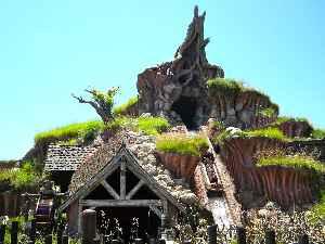 Splash Mountain: Ride at Disney theme parks