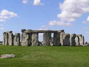 Stonehenge: Neolithic henge monument in Wiltshire, England