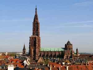 Strasbourg: Prefecture and commune in Grand Est, France