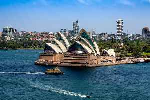 Sydney Opera House: Performing arts centre in Sydney, Australia