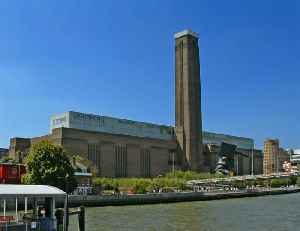 Tate Modern: Modern art gallery in London, England