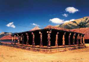 Thirunelli Temple: Building in India