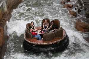 Thunder River Rapids Ride: Water ride at Dreamworld
