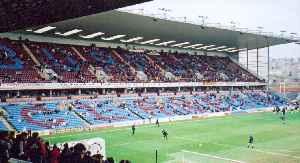 Turf Moor: Stadium