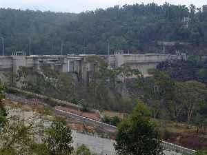 Warragamba Dam: Dam on the Warragamba River, Australia