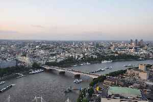 Waterloo Bridge: Bridge in London, England