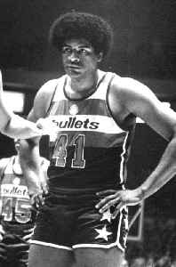 Wes Unseld: American basketball player and coach