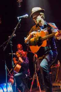Wesley Schultz: American guitarist and singer