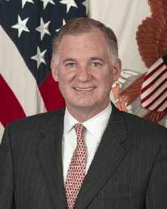 William J. Lynn III: American Defense Department official; lobbyist