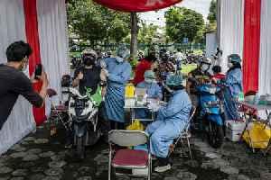 Delta COVID-19 Variant Spreads Across Indonesia, Killing At Least 5 Doctors, 1 Nurse