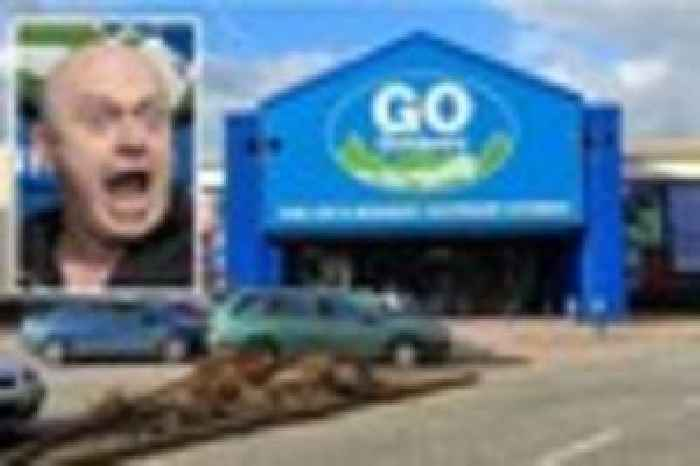 tv tough guy ross kemp to open new go outdoors store in. Black Bedroom Furniture Sets. Home Design Ideas