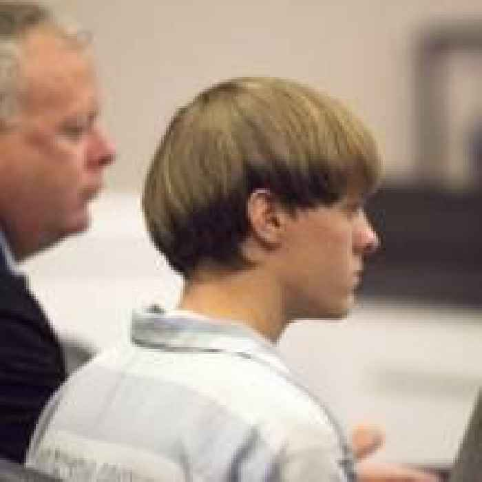 Dylann Roof S Mother Suffers Heart Attack During