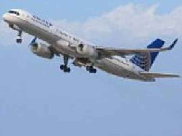how to add baggage to united airlines flight