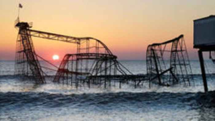 seaside heights single guys In their heyday, the cast of mtv's jersey shore were as famous for their maximalist, special boardwalk-inspired seaside heights–bound style as they were for their wild behavior in the.