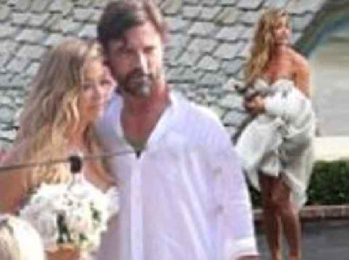 Denise Richards marrie...