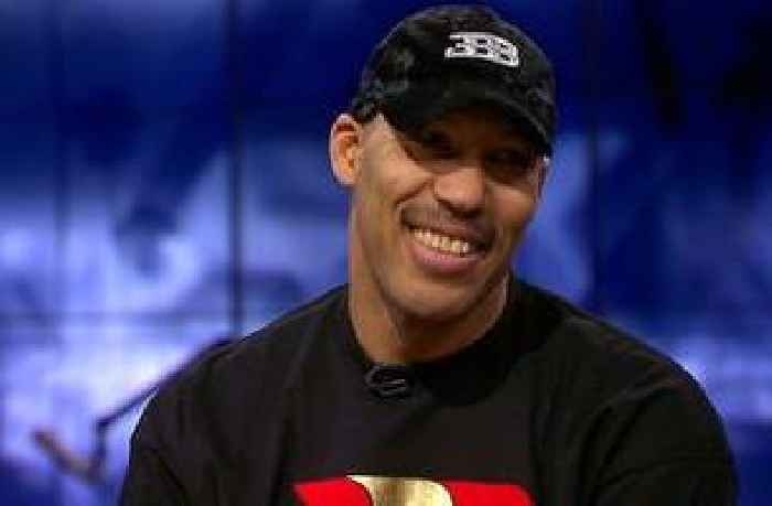 4ef01c61390 LaVar Ball   LeBron James without Lonzo is not going to win a championship  in LA  - One News Page