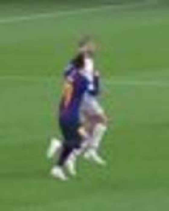 Lionel Messi Barcelona Star Accused Of Punching Liverpool