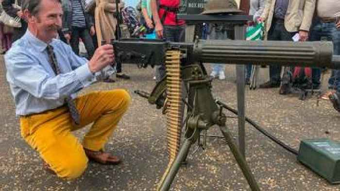 Vickers WW1 gun bought for £1k 'now worth nothing'
