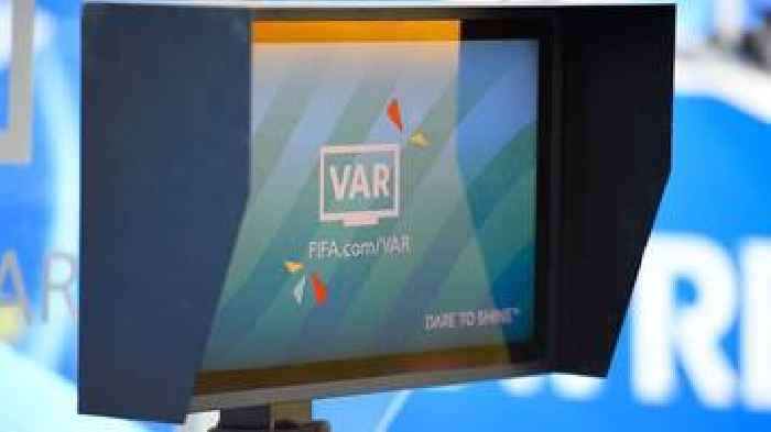 'Referees using VAR as comfort blanket' - ex-England internationals on World Cup controversies