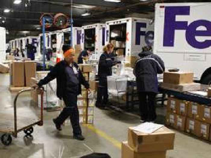 A key metric on FedEx's balance sheet underscores why the shipping giant dropped Amazon as a customer (AMZN, FDX)