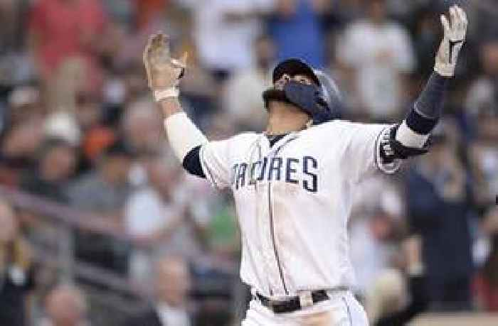 Tatis Jr. homers to lead Padres to 5-1 win over Giants