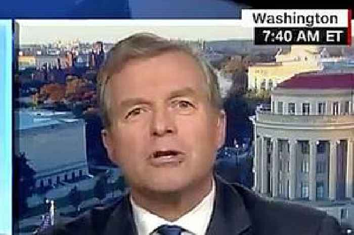 Former GOP Reps Charlie Dent and Sean Duffy in CNN Face-Off: 'My Nose Is Not a Heat-Seeking Missile for the President's Backside'