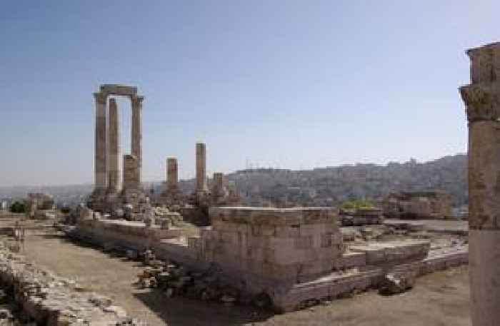 Attacker stabs 3 tourists at popular Jordanian tourist site