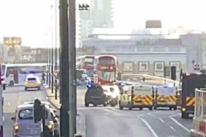 'Shots fired' at London Bridge as cops lockdown street