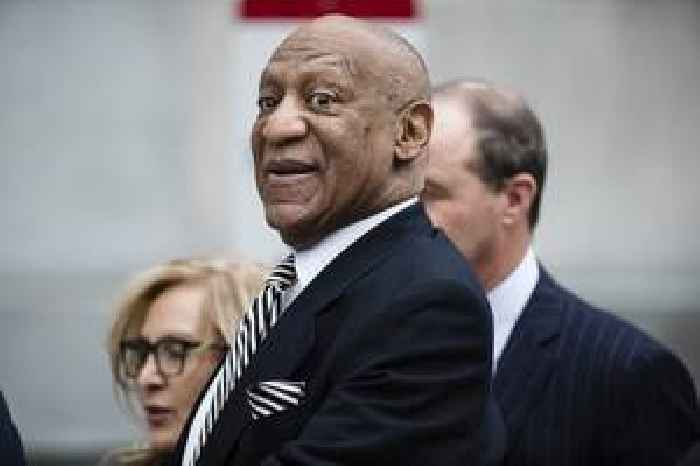 'Back to being a Hollywood Slave': Bill Cosby's rep lashes out at Eddie Murphy after 'SNL' gig