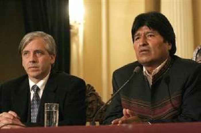 Bolivia opens probe into 600 former Morales officials