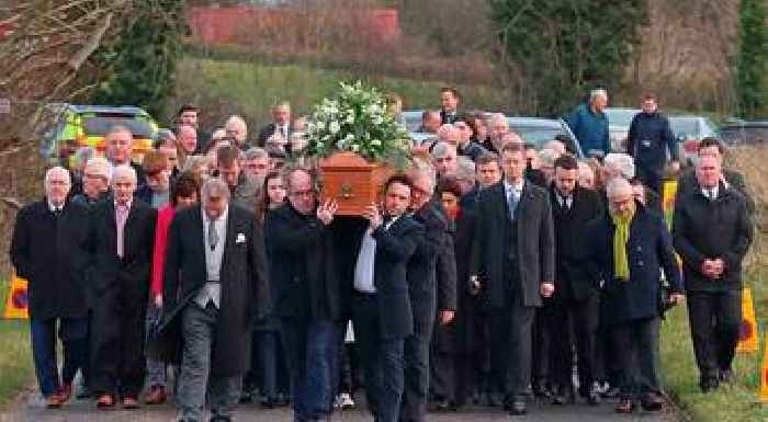 Seamus Mallon's Protestant neighbours 'played major role in funeral'